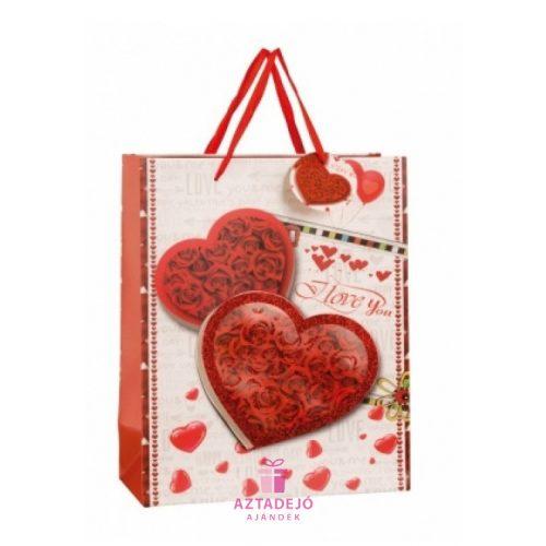 Ajándék táska Szívek rózsa