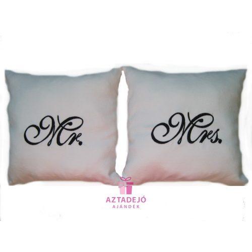 Mr és Mrs párna szett 35x35 cm fehér